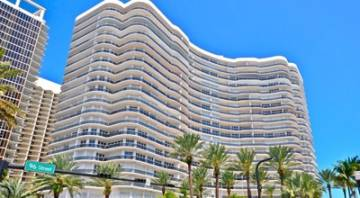 Majestic Tower, 33154 Bal Harbour, États-Unis