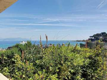 Sale Apartment - Cap d'Antibes / 1114va,  Cap D'antibes, France
