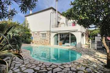Villa / luxury real estate for sale in Juan-Les-Pins, France