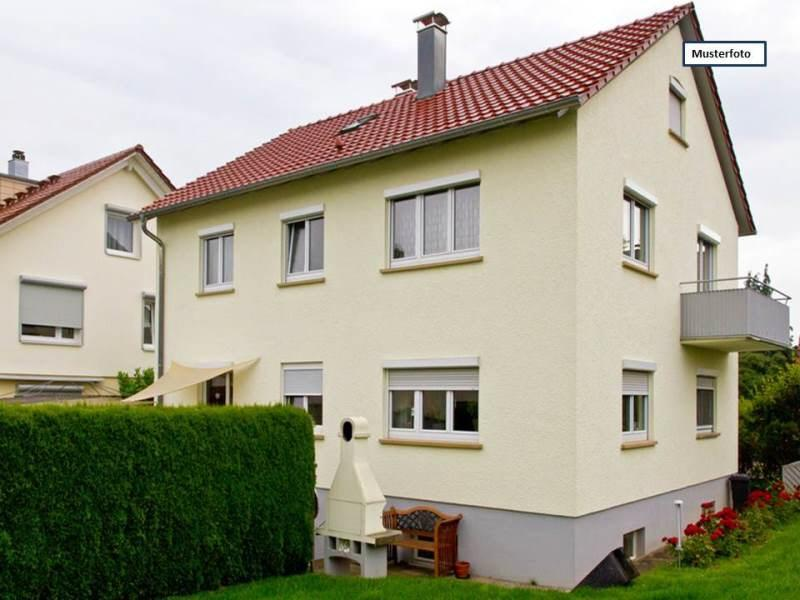 Houses / single family  in Altheim, Germany