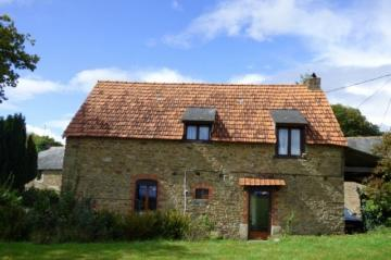 Houses / single family for sale in Meneac, France